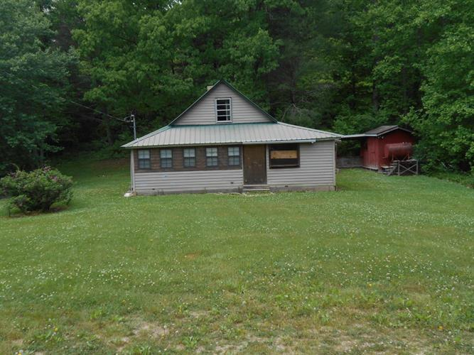 363 Mcjunkin Rd, Tellico Plains, TN 37385
