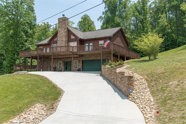 229 Red Oak Circle, Caryville, TN 37714