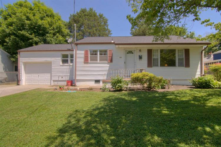 2929 Rennoc Rd, Knoxville, TN 37918