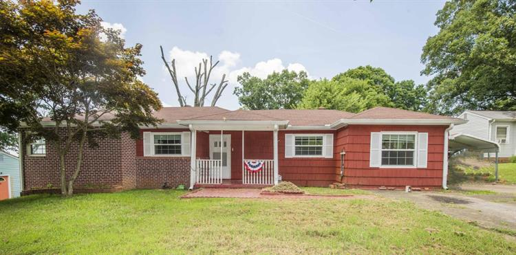 2637 Magill Ave, Maryville, TN 37804