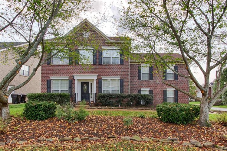 1353 Willowood Rd, Knoxville, TN 37922