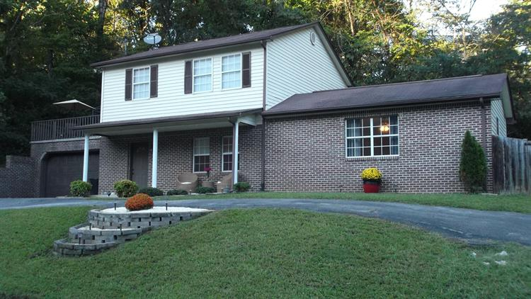 501 Spring St, Clinton, TN 37716 - Image 1