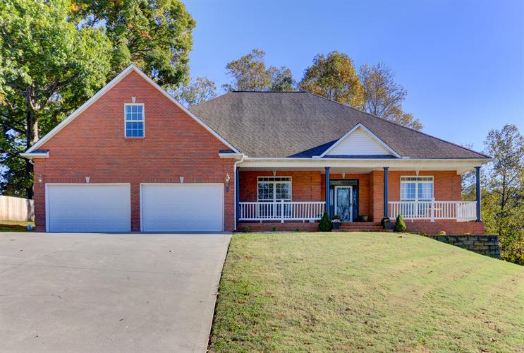 135 Apple Tree Drive, Clinton, TN 37716 - Image 1