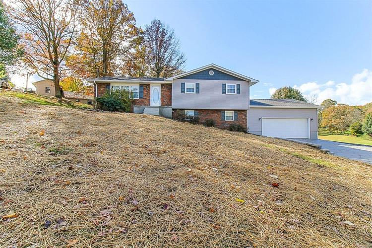 2823 Roberts Rd, Knoxville, TN 37924 - Image 1