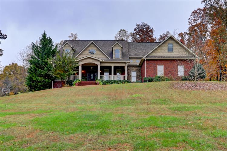 2600 Paw Paw Plains Rd, Lenoir City, TN 37771