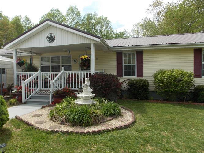 2597 Glade Creek Rd, Sparta, TN 38583 - Image 1