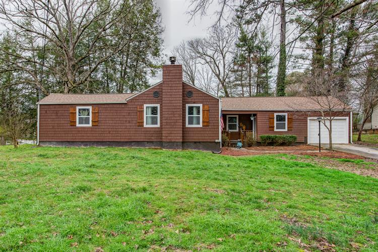 1401 Woodcrest Drive, Knoxville, TN 37918 - Image 1