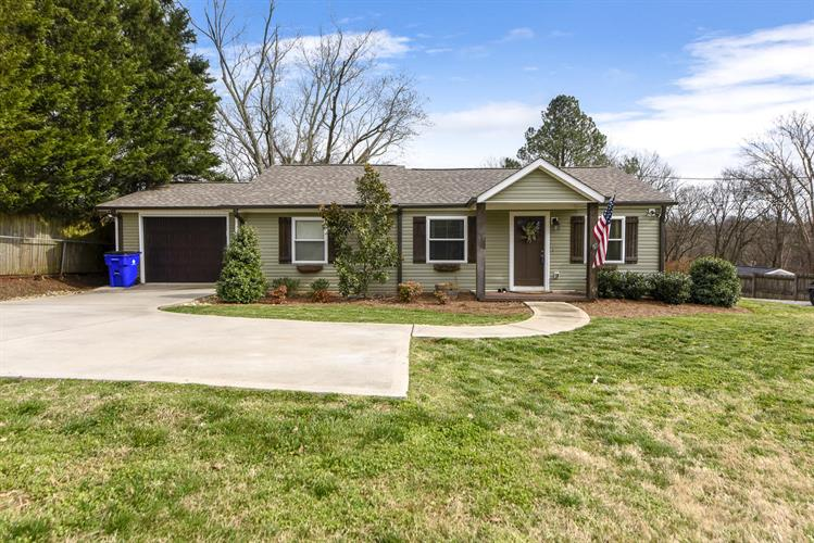 1620 Duncan Rd, Knoxville, TN 37919 - Image 1