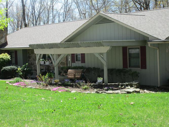 10 Lakeside Terrace, Crossville, TN 38558 - Image 1