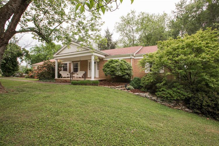 829 Chateaugay Rd, Knoxville, TN 37923 - Image 1