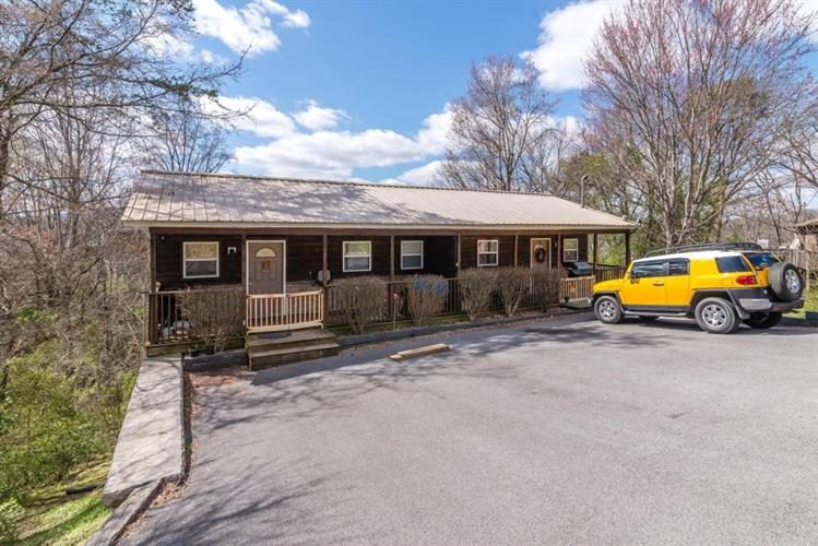 2314 Scenic Loop Rd, Pigeon Forge, TN 37863