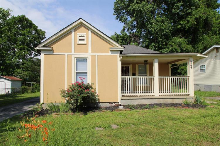 2509 Pershing St, Knoxville, TN 37917