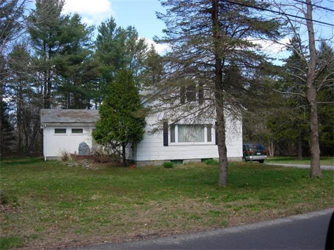 1624 Old Williams St, Dighton, MA 02715