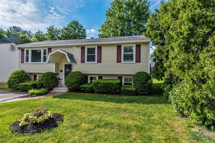 84 Lancaster Avenue, Manchester, NH 03103
