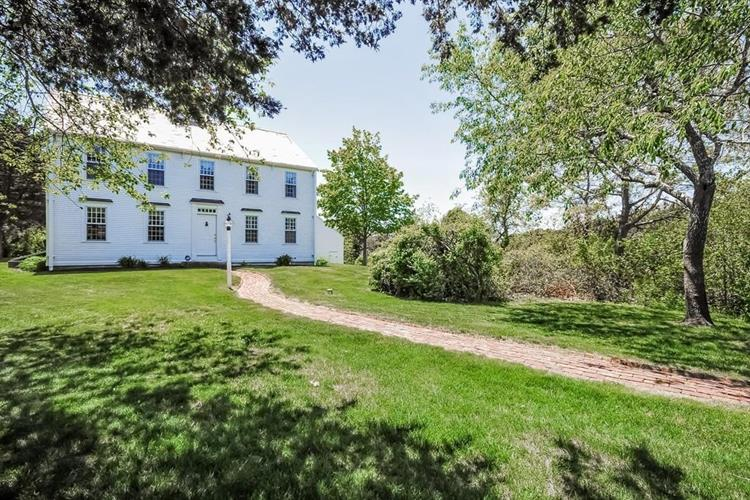 100 Point Hill Road, Barnstable, MA 02668