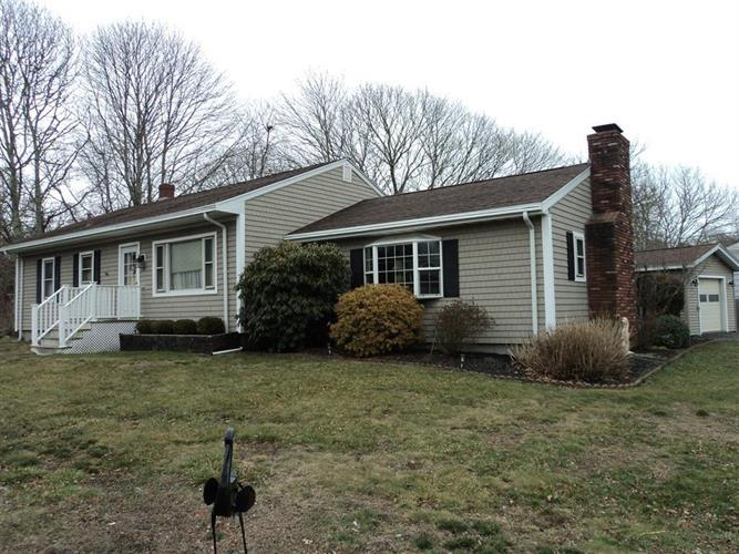 333 HUTTLESTON AVE, Fairhaven, MA 02719