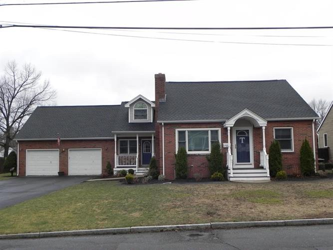 24 Derryfield Ave, Springfield, MA 01118