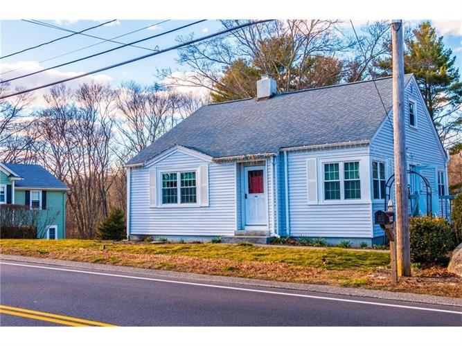 294 County St, Seekonk, MA 02771