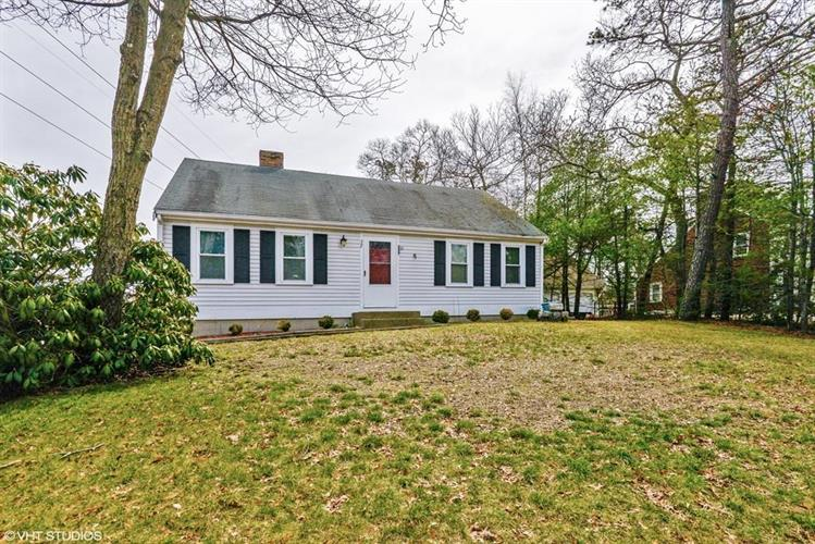 32 S Meadow Rd, Plymouth, MA 02360