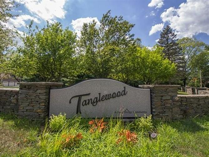 25 Tanglewood Estates, Easton, MA 02356