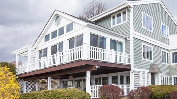 18 Pondview Ave, Scituate, MA 02066