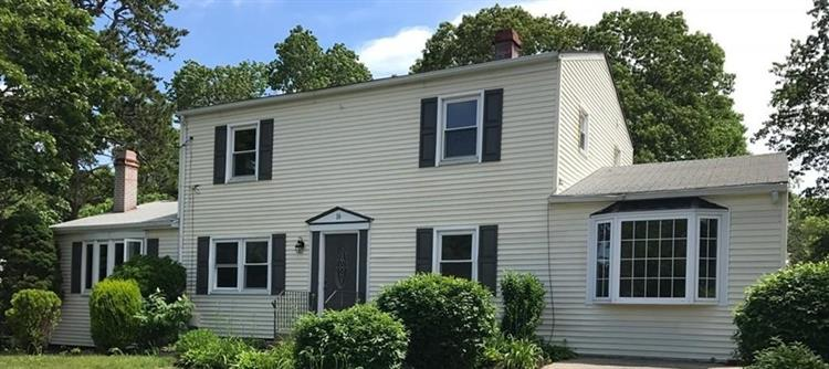 16 Gates Rd, Marshfield, MA 02050