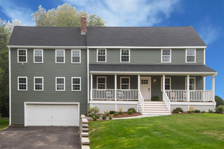 212 8 Lots Road, Sutton, MA 01590
