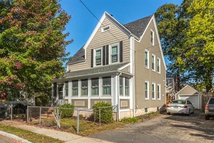118 Franklin Ave, Quincy, MA 02170