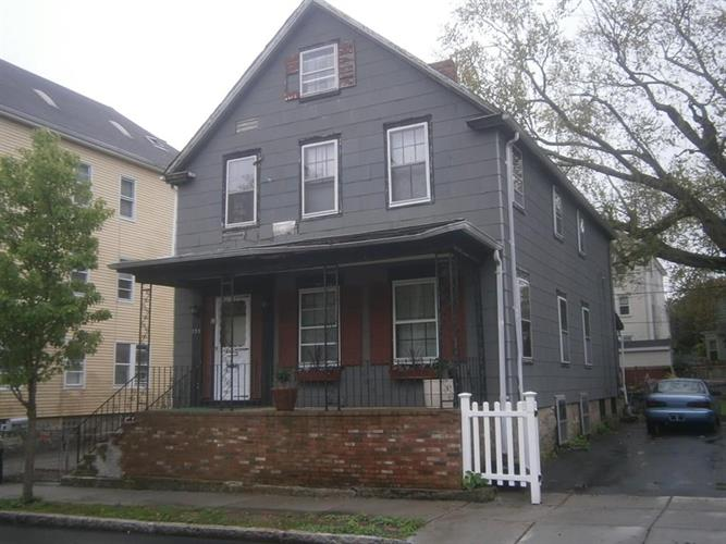 135 Pleasant Street, New Bedford, MA 02740