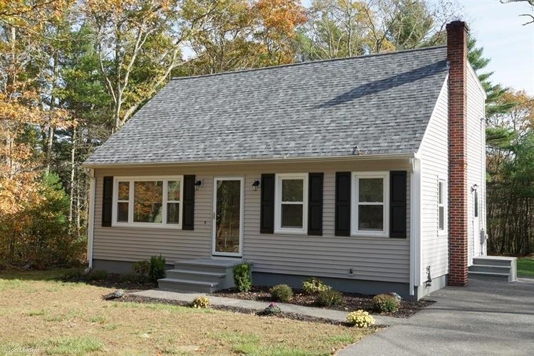 688 Collins Corner Rd, Dartmouth, MA 02747
