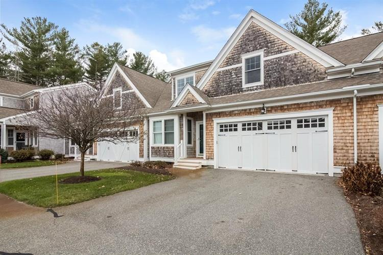 96 Spring Meadow Ln, Hanover, MA 02339
