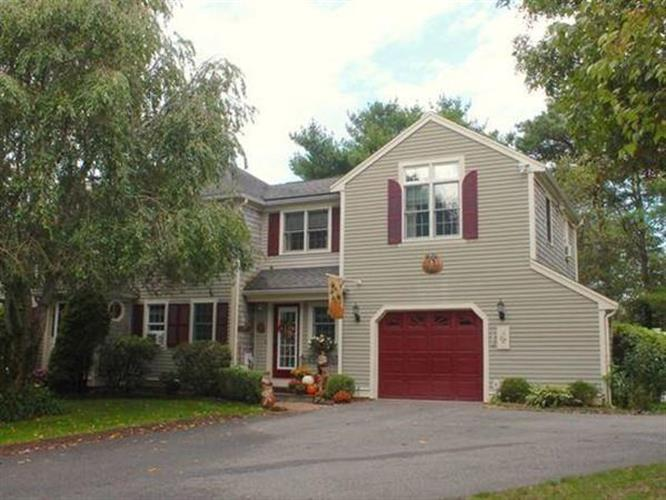 37 Martingale Ln, Plymouth, MA 02360