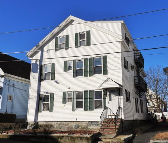 17 S Whipple St, Lowell, MA 01852