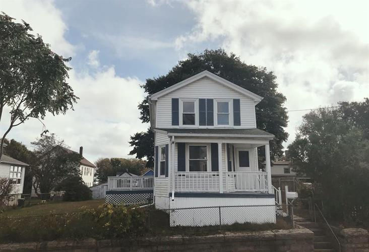 120 Swindells St, Fall River, MA 02723