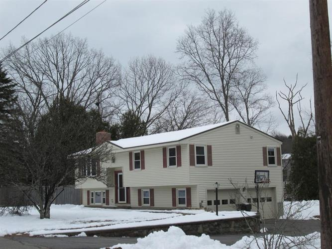 63 Sunrise Ave, Grafton, MA 01519