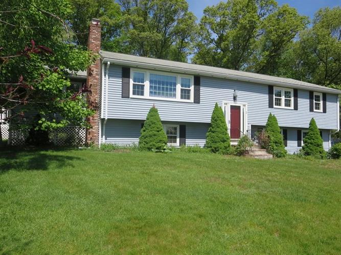 3 Bantry Rd, Southborough, MA 01772
