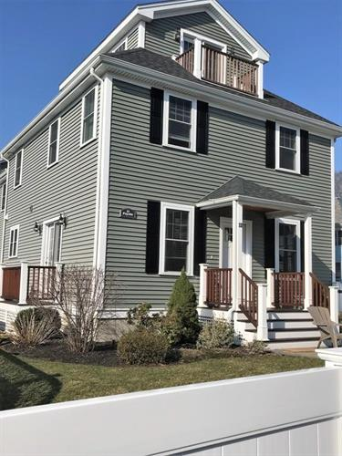 11 Fayette St, Watertown, MA 02472