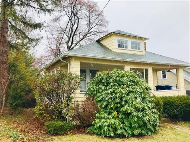 61 Harrison Ave, Braintree, MA 02184