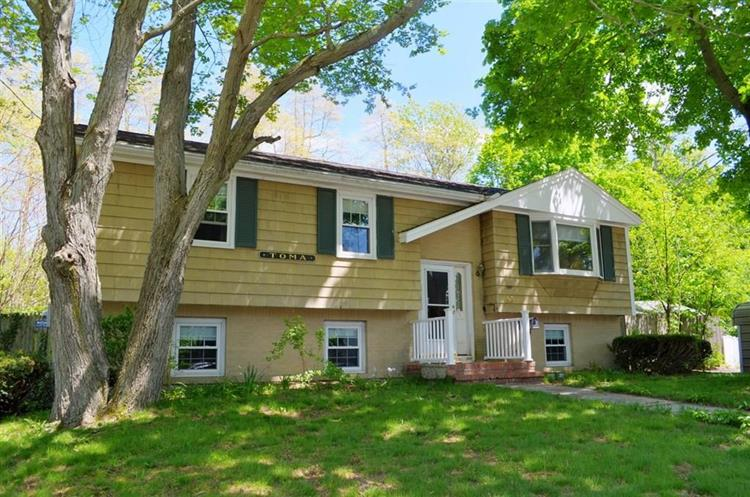 50 Dana Road, Weymouth, MA 02188