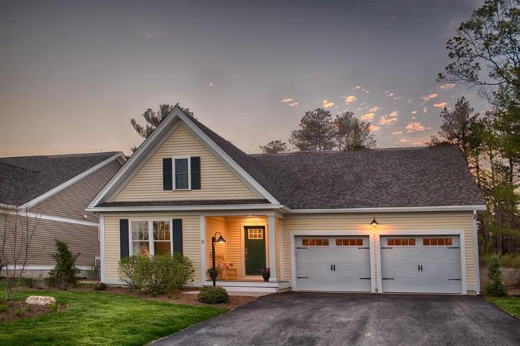 16 Summersweet Circle, Plymouth, MA 02360