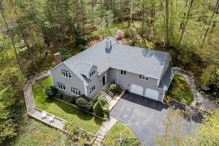 76 Chittenden Ln, Norwell, MA 02061