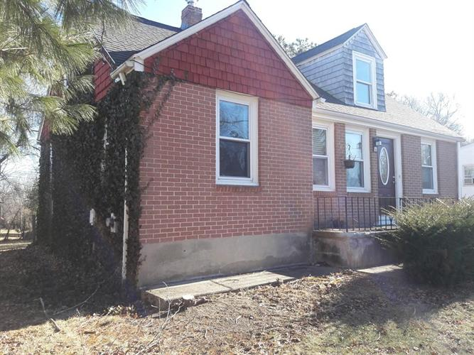 19 Johnson St, North Attleboro, MA 02760