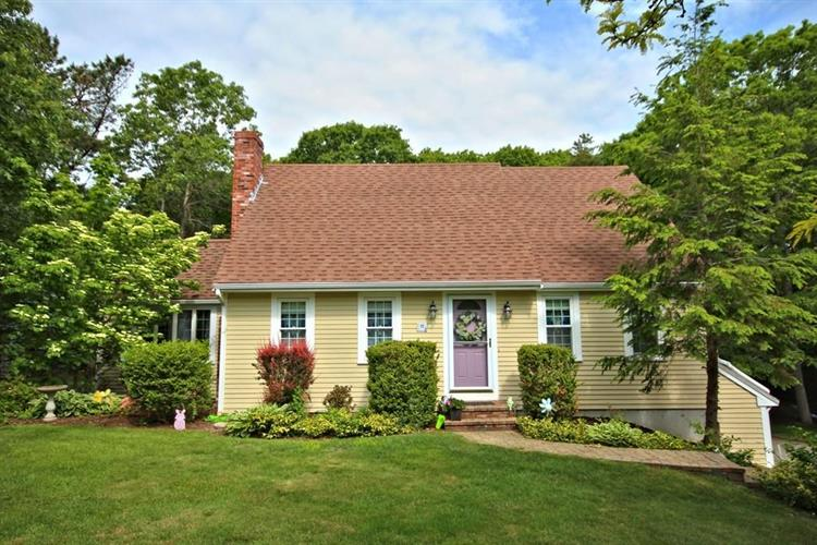 15 Curtis Dr, Plymouth, MA 02360 - Image 1