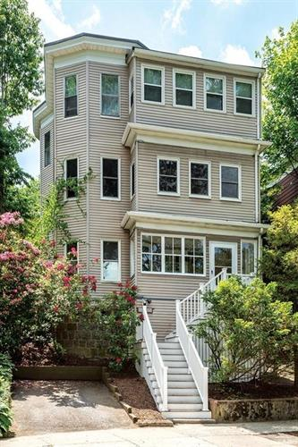 219 Crafts Rd, Brookline, MA 02467