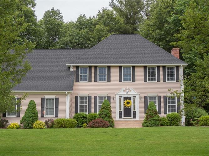87 Wildflower Cir, Westfield, MA 01085