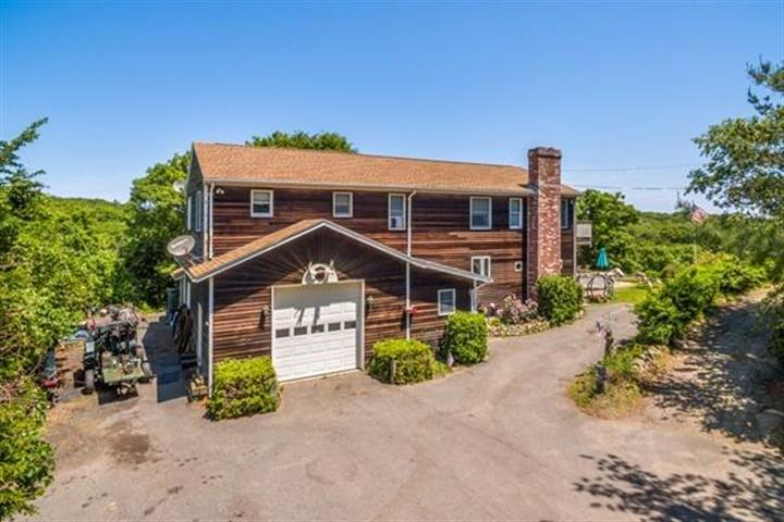 29 Old County Rd, Gloucester, MA 01930