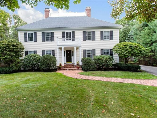 3 Hewins Farm Road, Wellesley, MA 02481