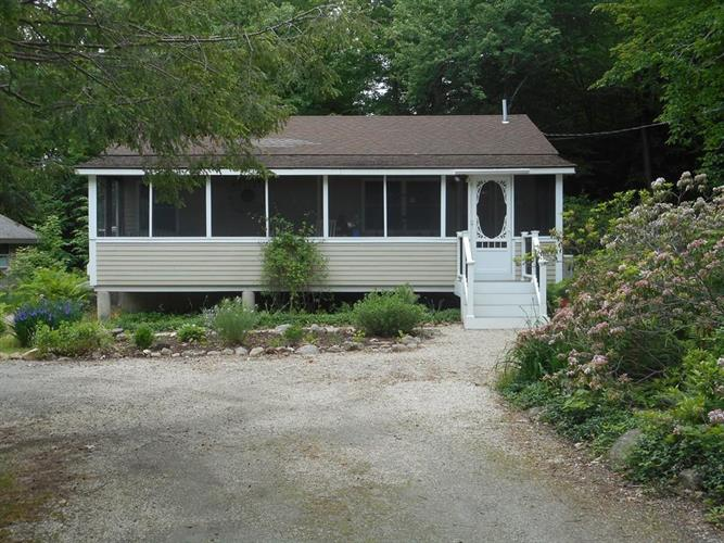 26 Path Road, Tolland, MA 01034