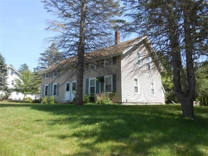 31 Perryville Rd, Webster, MA 01570