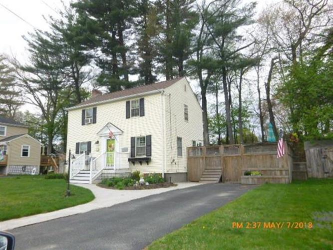 17 Laurel Hill Rd, Southbridge, MA 01550